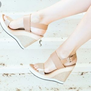 Sam Edelman platform wedge nude buckle sandal